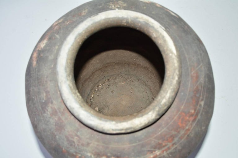 Terracotta Pottery Jar In Good Condition For Sale In Great Barrington, MA