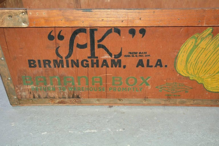 Mid-20th Century Large Wood Crate by Alex Kontos Fruit Co., Alabama For Sale