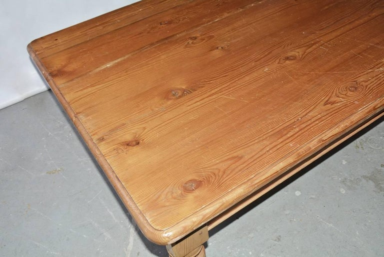 Late 19th Century Pine Coffee Table For Sale