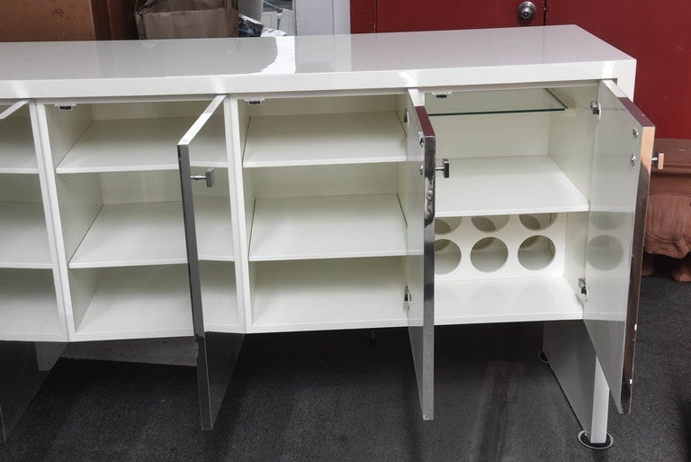 1970s White Lacquered Long Sideboard Cabinet at 1stdibs
