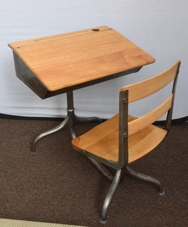 1950s industrial child 39 s school desk for sale at 1stdibs. Black Bedroom Furniture Sets. Home Design Ideas