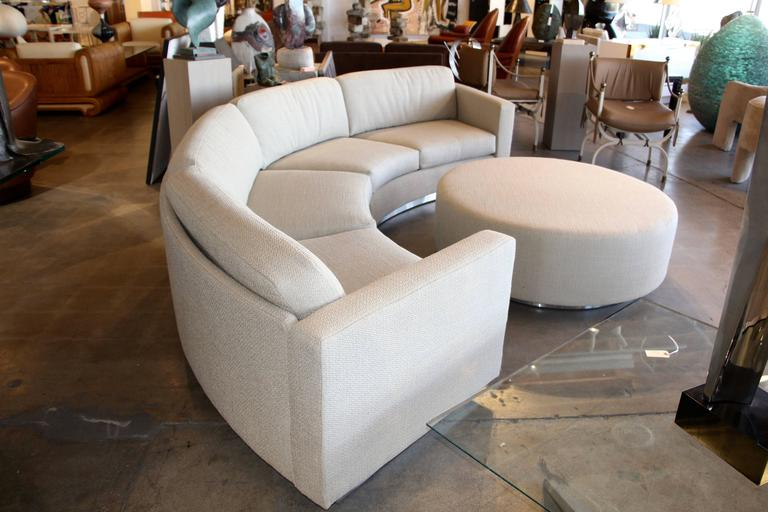 Incroyable A Great Looking Thayer Coggin By Milo Baughman Designed Sectional Curved  Sofa With Matching Ottoman.