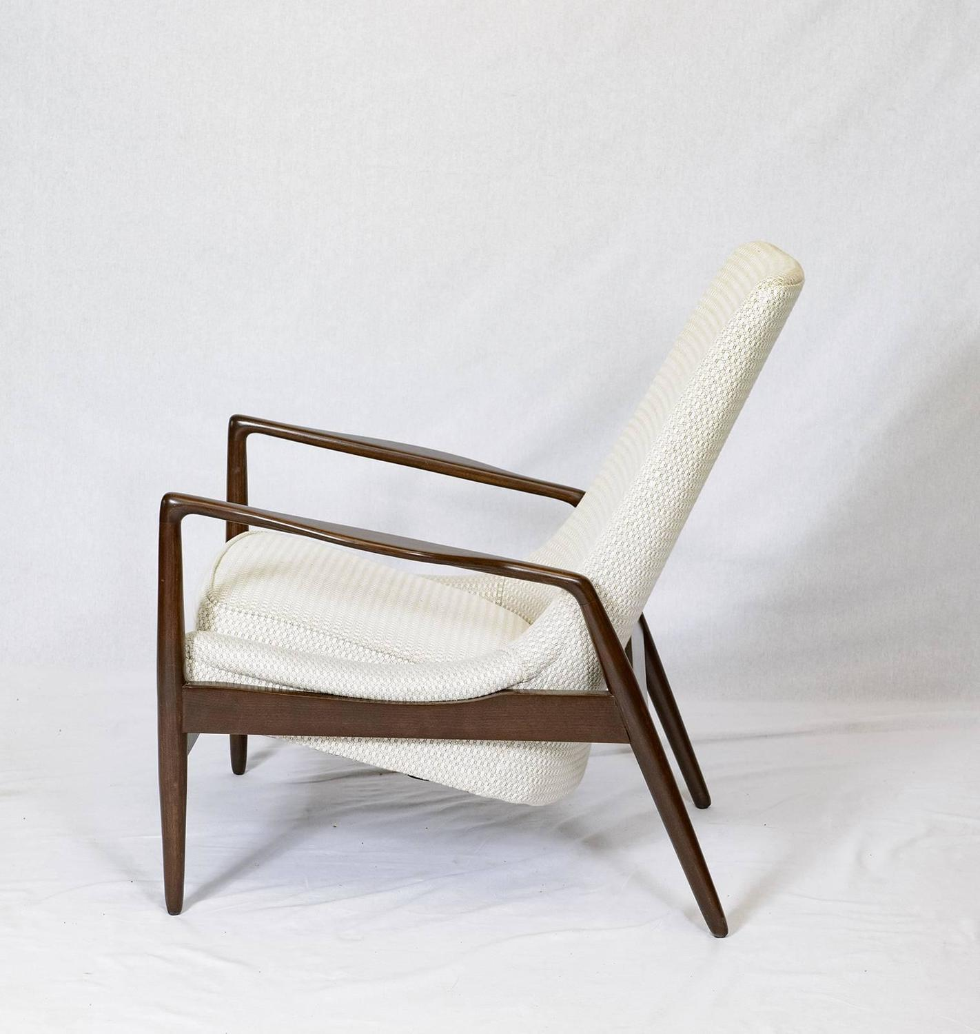 Danish Lounge Chair For Sale at 1stdibs