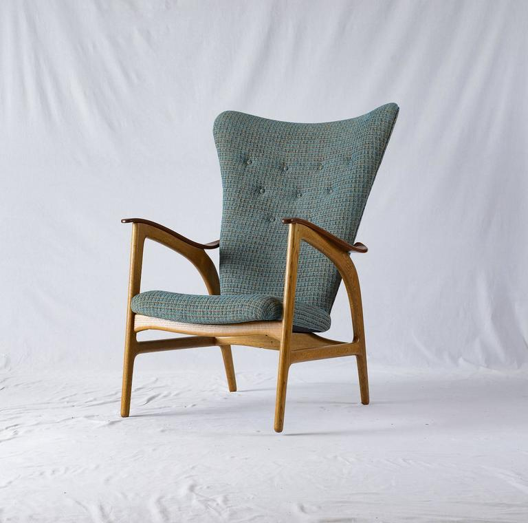 Mid-20th Century Danish Wingback Lounge Chair For Sale