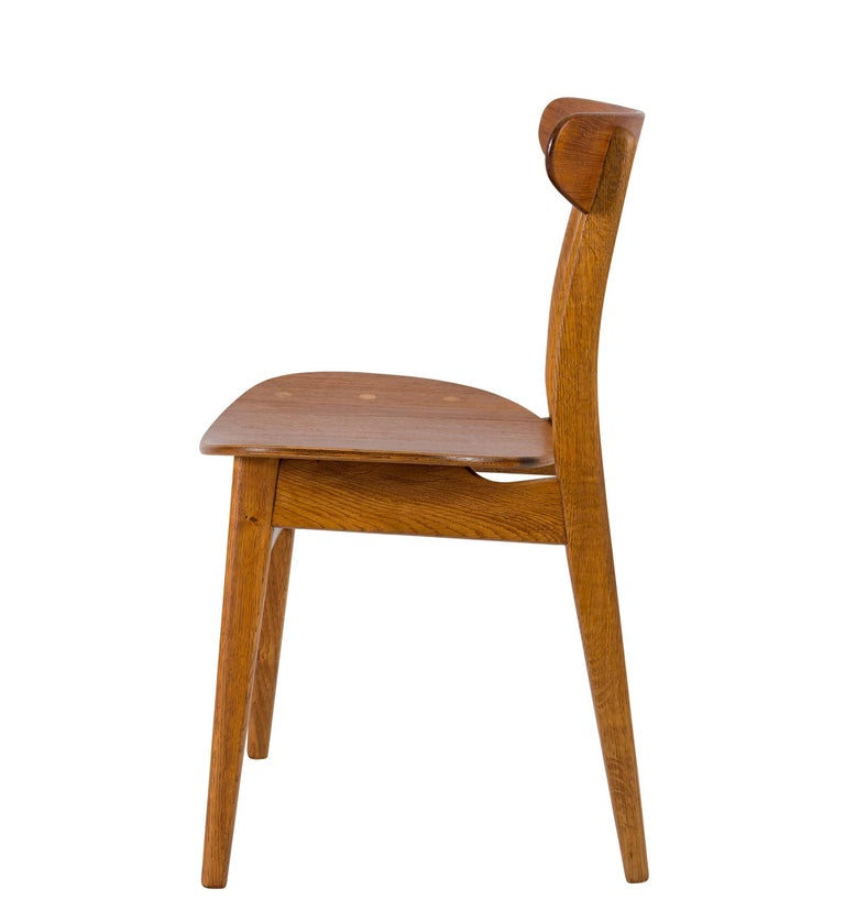 Mid-20th Century Set of Eight Hans Wegner CH 30 Dining Chairs For Sale
