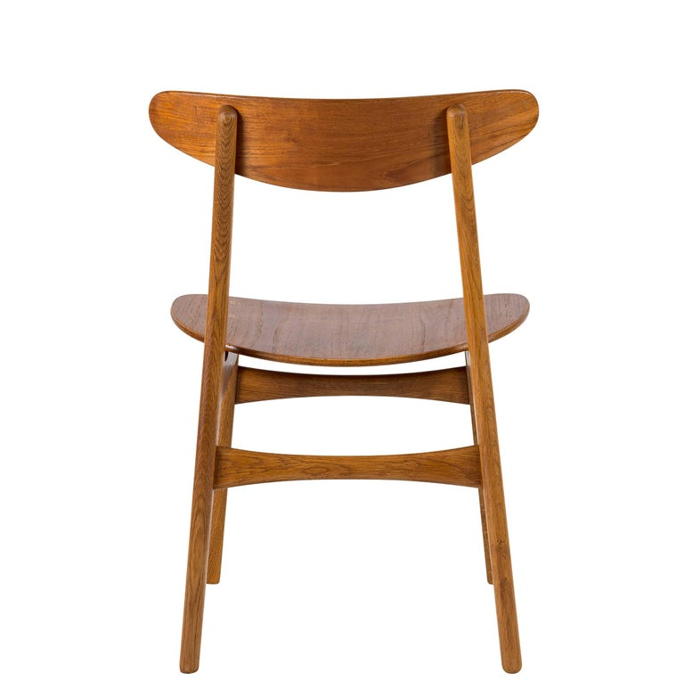 Set of Eight Hans Wegner CH 30 Dining Chairs For Sale 1