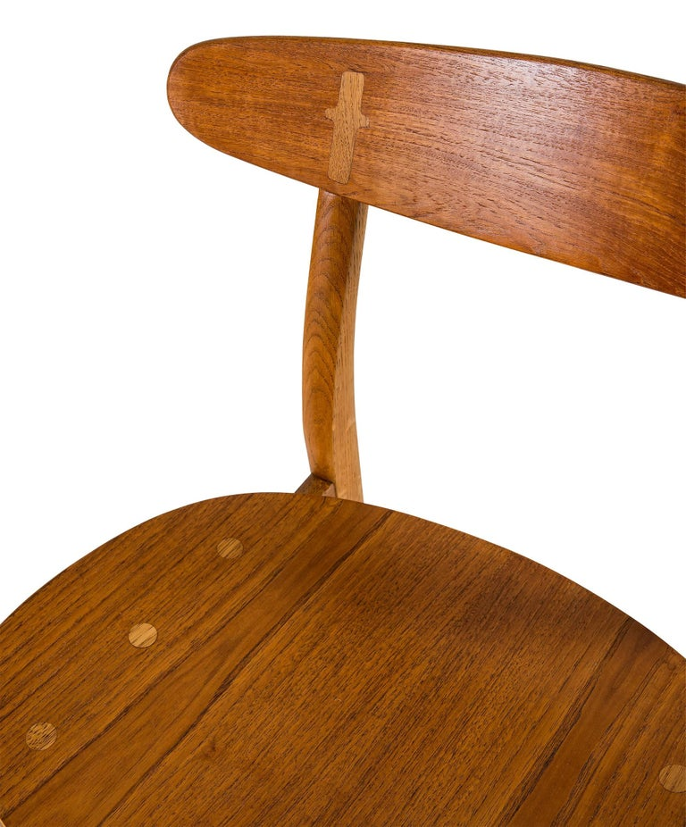 Set of Eight Hans Wegner CH 30 Dining Chairs For Sale 2