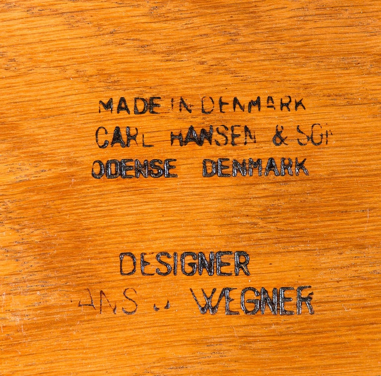 Set of Eight Hans Wegner CH 30 Dining Chairs For Sale 3