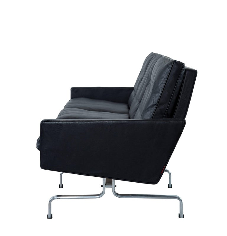 Scandinavian Modern Poul Kjaerholm PK31 Three-Seat Sofa by Fritz Hansen For Sale