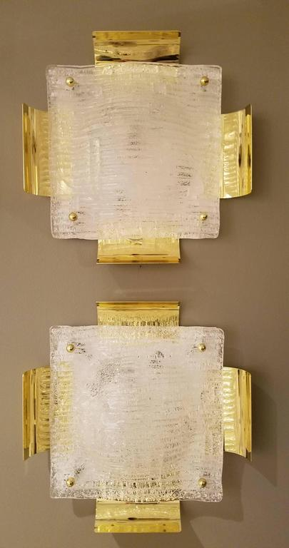 Pair of Kalmar Austrian Mid-Century Brass and Glass Sconces In Excellent Condition For Sale In New York, NY