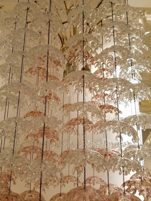 Mid-Century Modern Unique Italian Mid-Century Murano Clear and Blush Cascading Chandelier For Sale