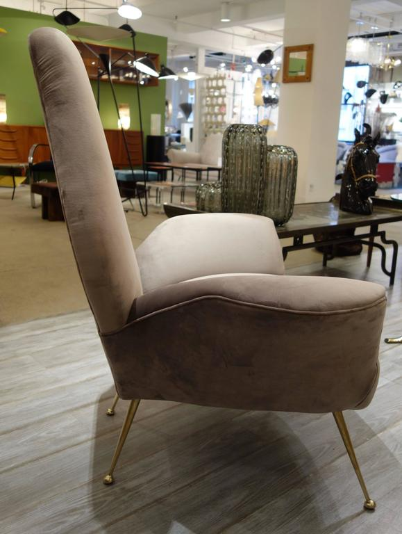 Mid-Century Modern Pair of Sculptural ISA Bergamo, Italian Mid-Century Taupe Lounge Chairs For Sale