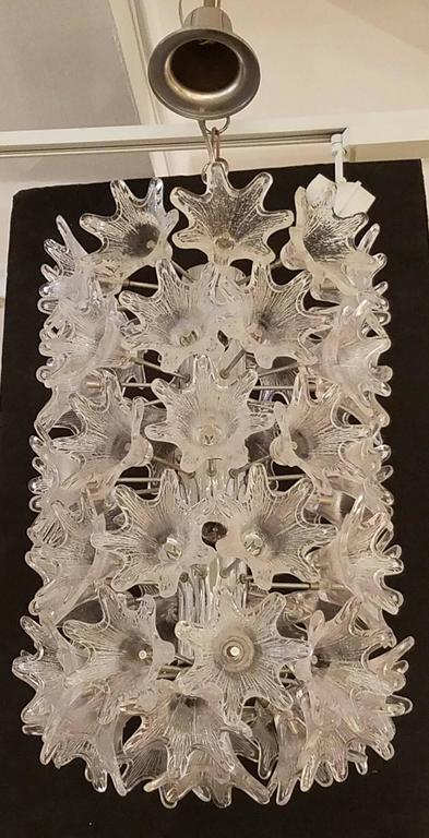 Mid-Century Modern Mid-Century Italian Clear Floral Murano Glass and Chrome Chandelier For Sale
