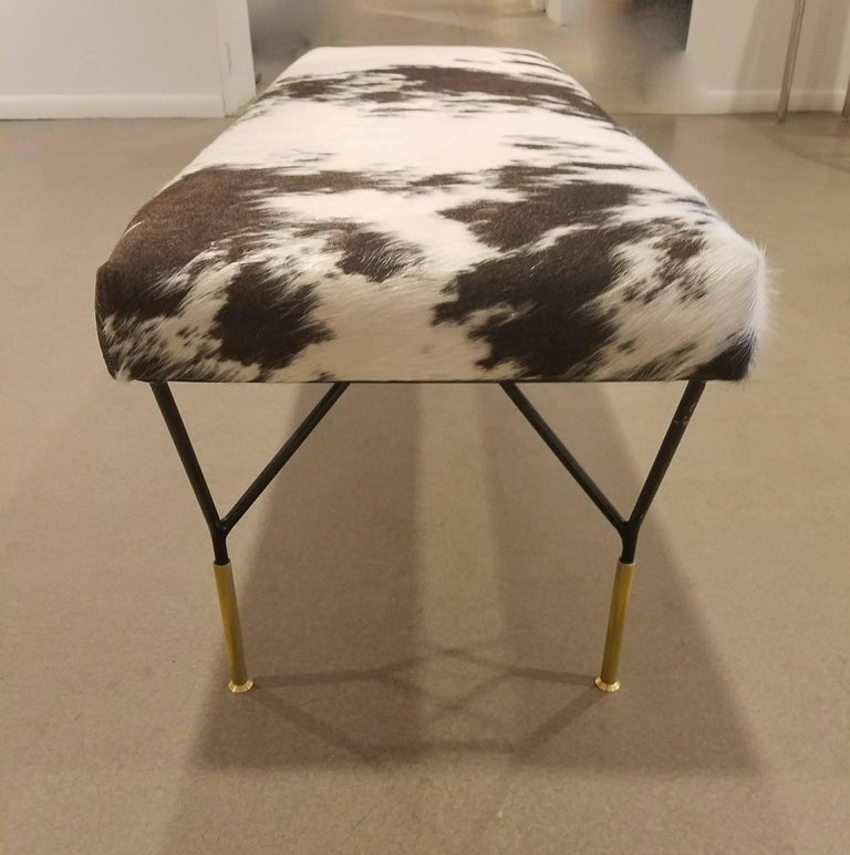 Mid-Century Modern Italian Metal and Brass Midcentury Style Bench in Crème and Brown-Black Cowhide For Sale