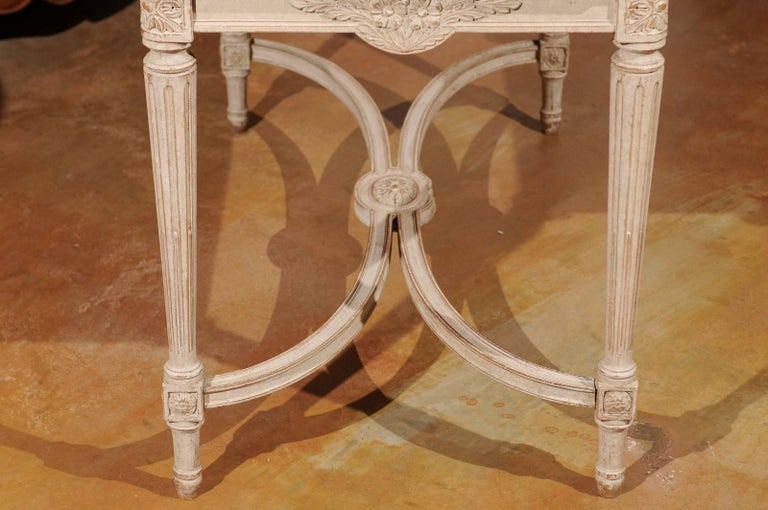 Swedish Gustavian Style Painted Wood Coffee Table with Fluted Legs, circa 1920 For Sale 4