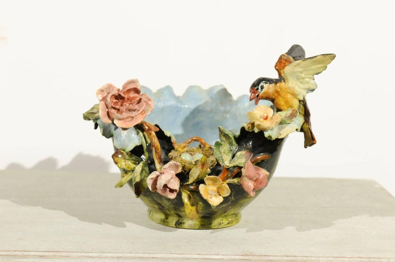 19th Century French Barbotine Covered Bowl with Bird and Bird Nest Décor For Sale 2