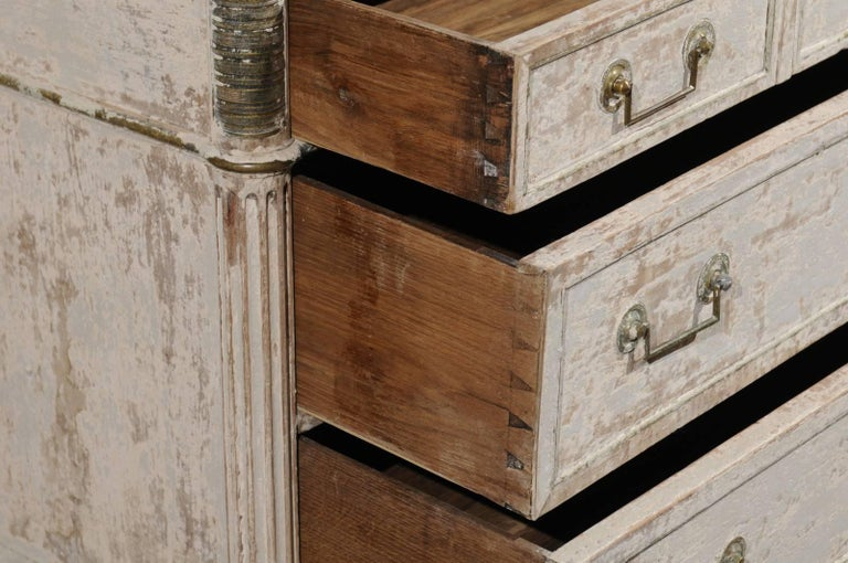 French Neoclassical 1810 White Painted Three-Drawer Commode with Bronze Mounts For Sale 3