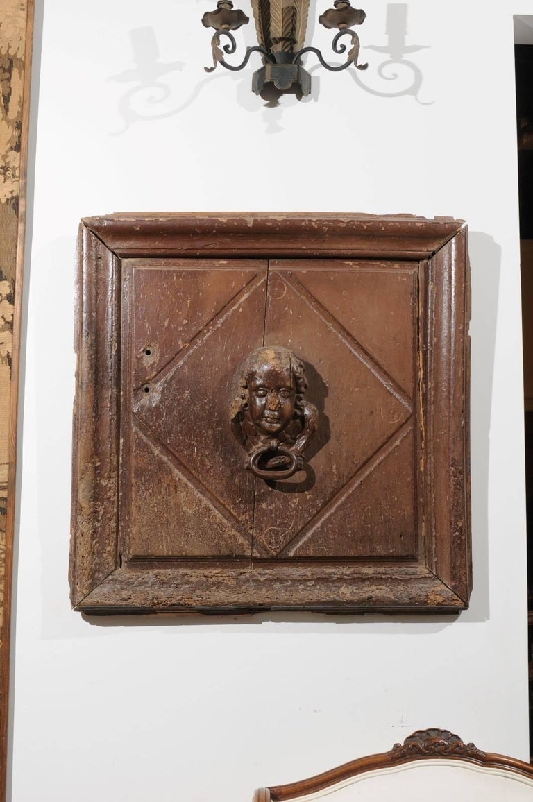 Pair of French 17th Century Wooden Panels with High-Relief Carved Cherubs For Sale 1