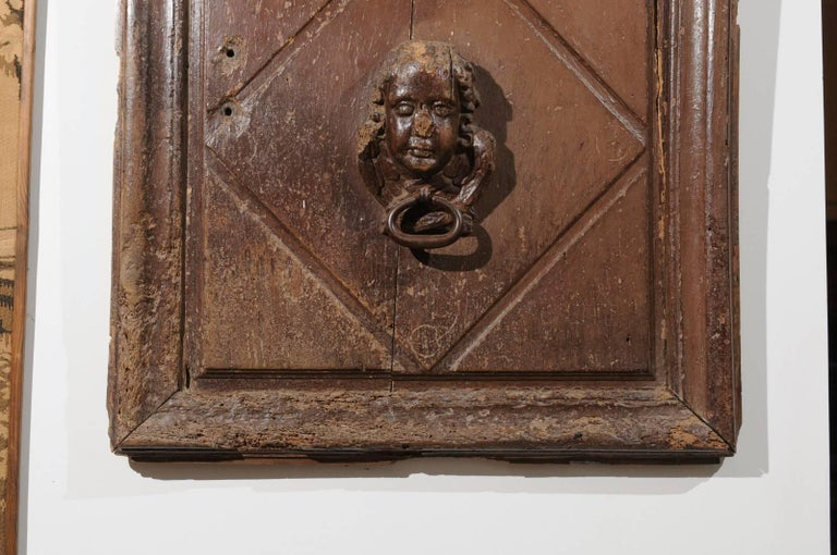 Pair of French 17th Century Wooden Panels with High-Relief Carved Cherubs For Sale 3