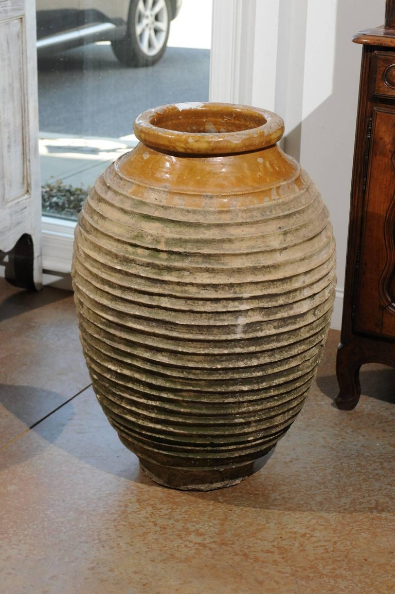 Early 19th Century Medium Size Greek Terracotta Olive Jar with Yellow Glaze For Sale 4