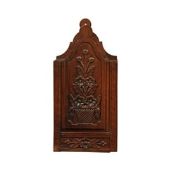 French 19th Century Carved Walnut Farinerio Decorative Box with Floral Décor