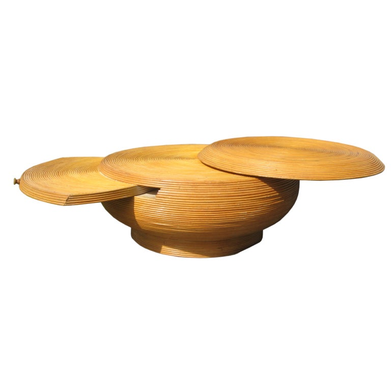 Reed Bamboo Extendable Vintage Coffee Table in the Style of Crespi