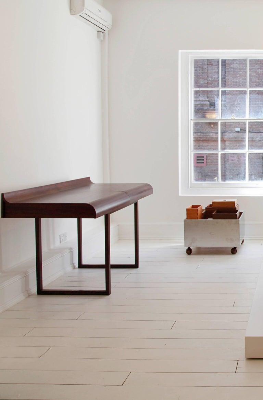 Asa Desk by Arthur Casas 6