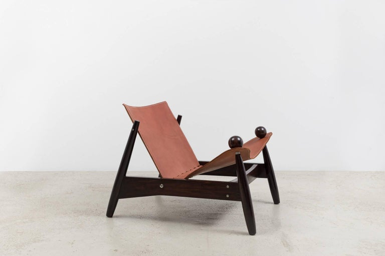 Mid-Century Modern Vintage 1960s Bola Armchair For Sale