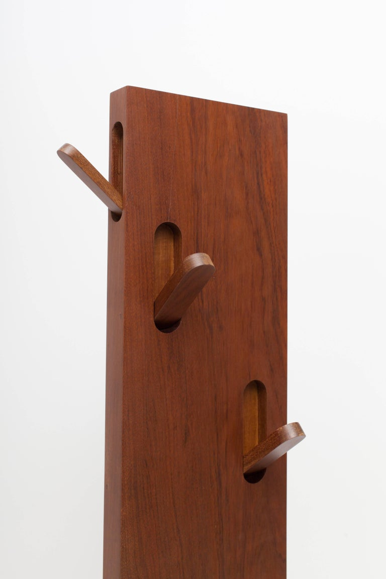 Stand By Coat Hanger by Claudia Moreira Salles 5