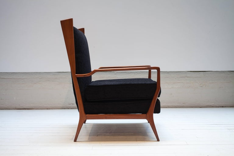 Pair of Rare Vintage 1960s Rino Levi Armchairs In Excellent Condition For Sale In New York, NY