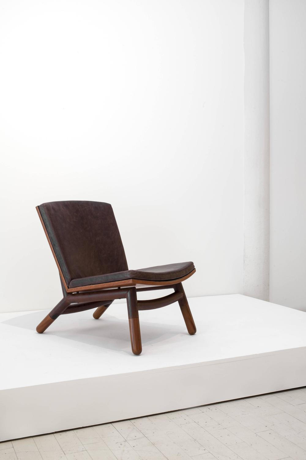 Java chair by carlos motta for sale at 1stdibs for Carlos motta designer