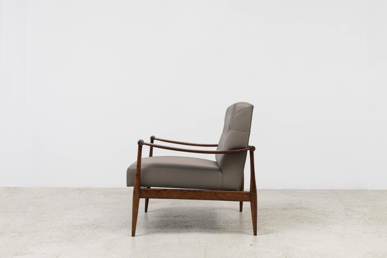 'Liceu de Artes e Ofícios' Vintage Armchairs In Good Condition For Sale In New York, NY