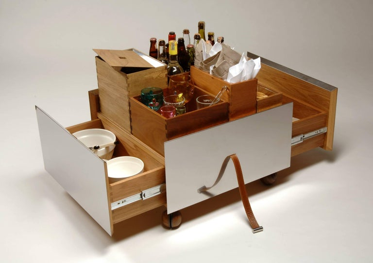 Toto Bar Trolley by Isay Weinfeld 2