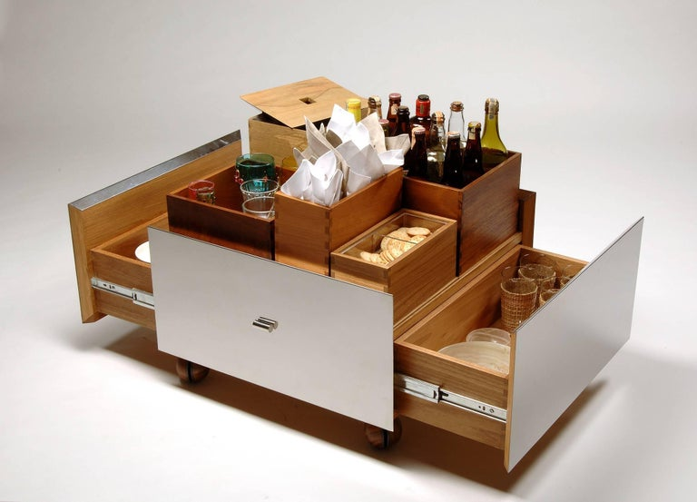 Toto Bar Trolley by Isay Weinfeld 5