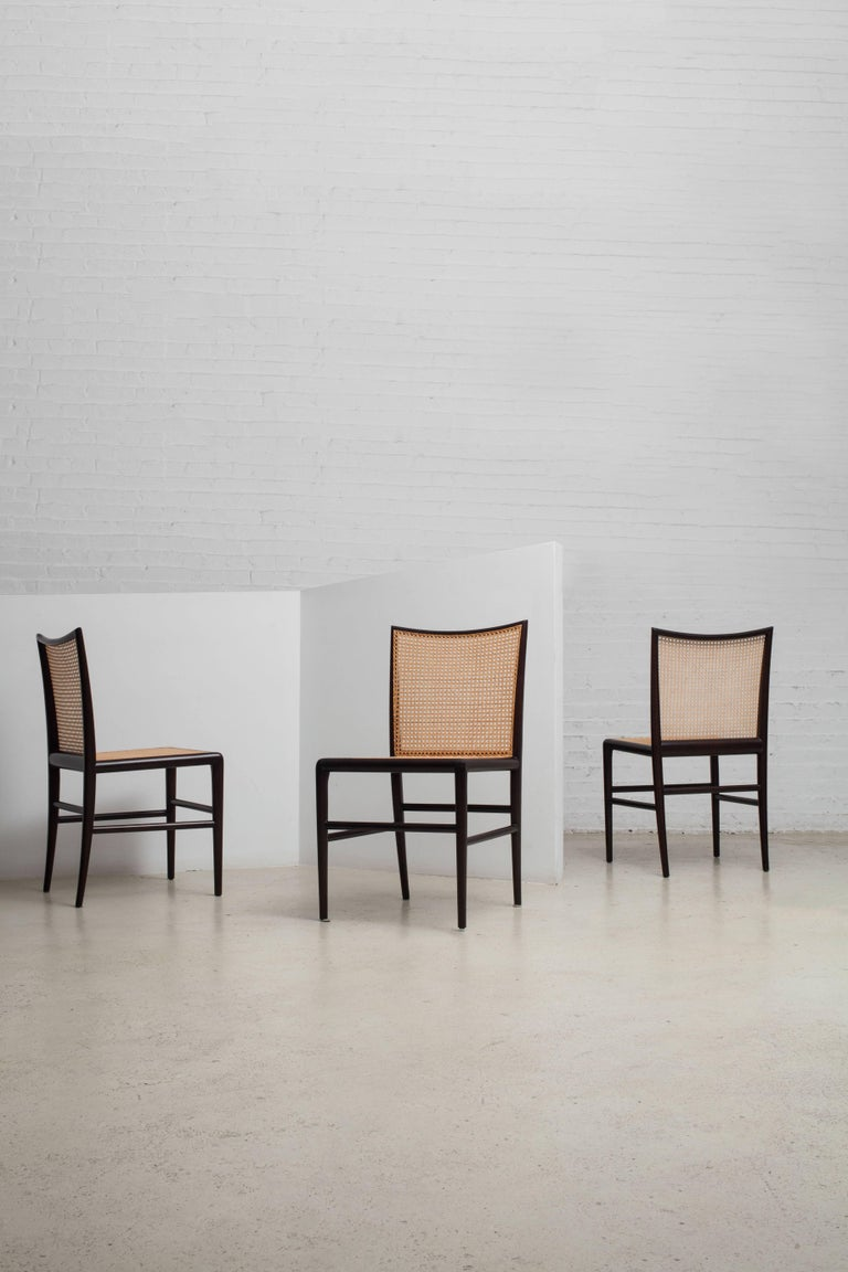 Palhinha Dining Chair by Branco & Preto In Excellent Condition For Sale In New York, NY