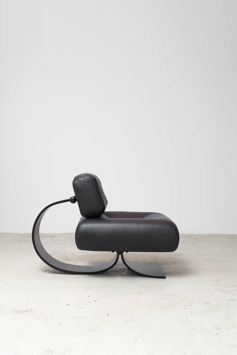 Alta Chair and Ottoman by Oscar Niemeyer 2