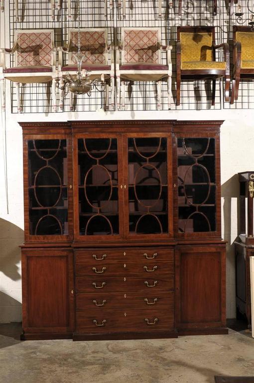 19th Century English Mahogany Breakfront Bookcase In Excellent Condition In Atlanta, GA
