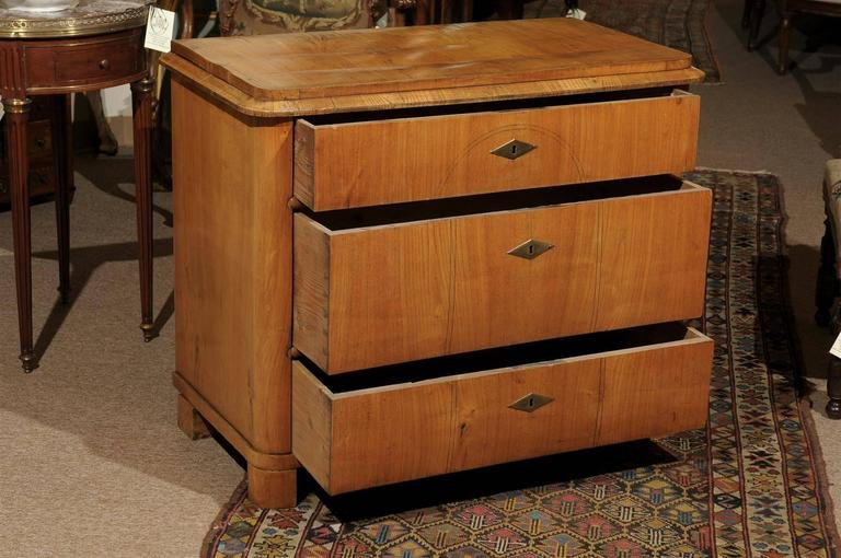 Petite Biedermeier in Ash with Three Drawers and Ebonized Detail, ca. 1830 In Good Condition For Sale In Atlanta, GA