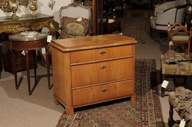 European  Petite Biedermeier in Ash with Three Drawers and Ebonized Detail, ca. 1830 For Sale
