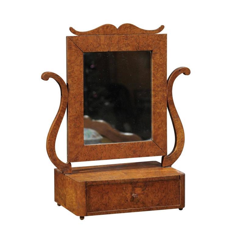 Swedish Biedermeier Period Dressing Table Mirror in Burl Birch, circa 1810