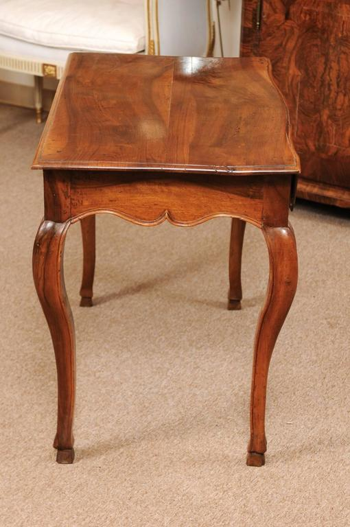18th Century Louis XV Walnut Table with Drawer and Hoof Feet For Sale 3