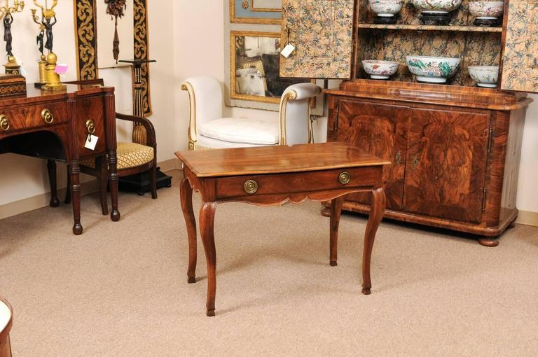 French 18th Century Louis XV Walnut Table with Drawer and Hoof Feet For Sale