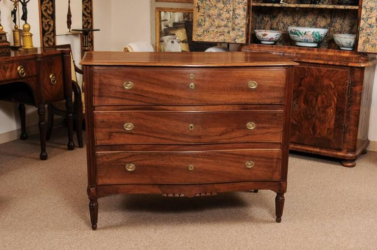 neoclassical italian walnut commode with serpentine front late 18th century for sale at 1stdibs. Black Bedroom Furniture Sets. Home Design Ideas