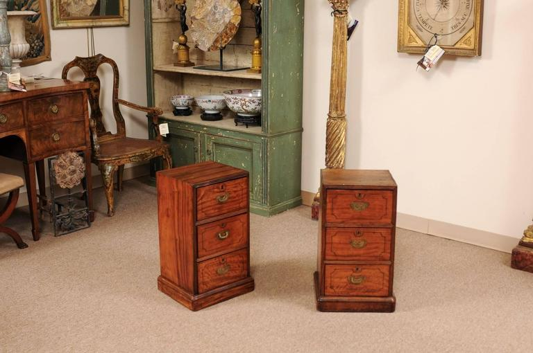 English Pair of Campaign Style Bedside Tables in Mahogany with Three Drawers For Sale