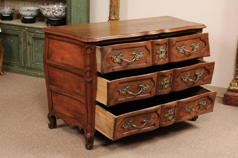 18th Century French Walnut Louis XV Three-Drawer Commode with Linen Fold Front For Sale 1