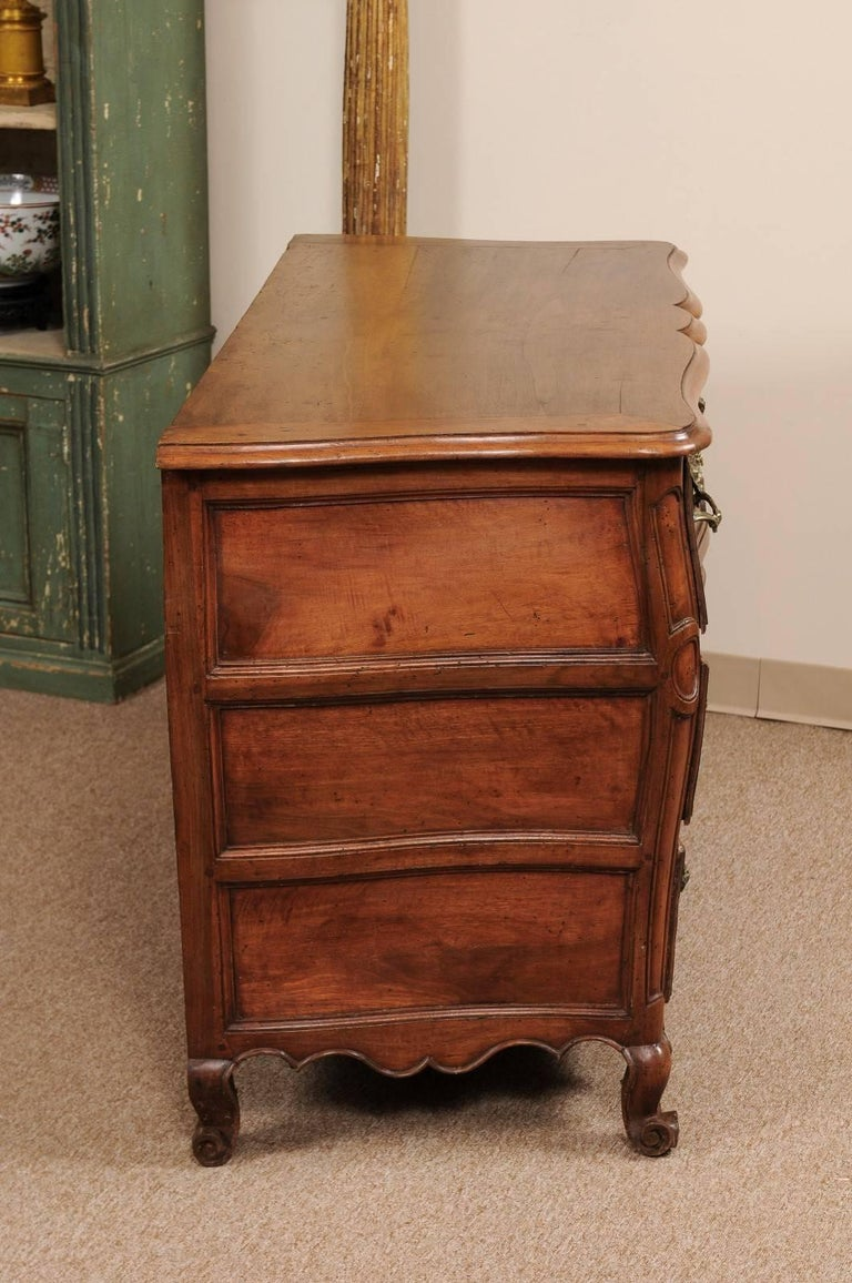 18th Century French Walnut Louis XV Three-Drawer Commode with Linen Fold Front For Sale 3