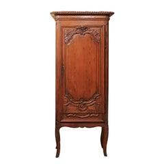 Petite French Louis XV Pine Bonnetiere, Mid-18th Century