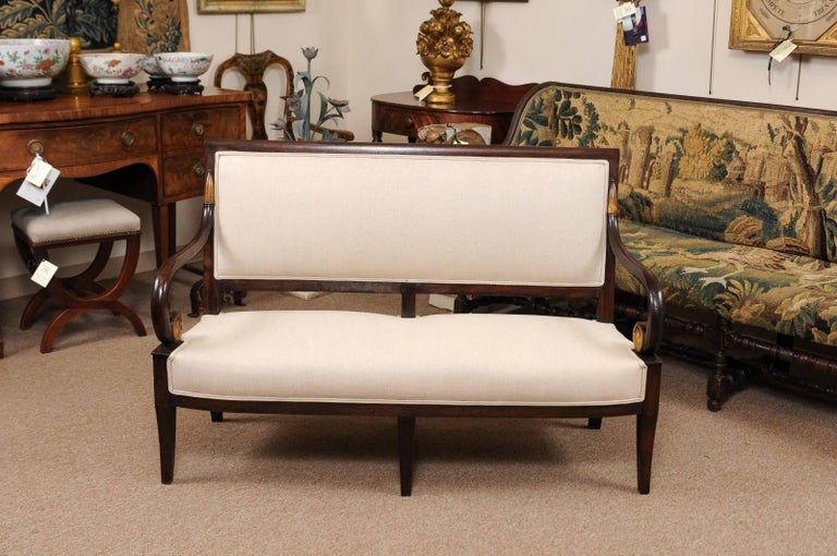 19th Century French Empire Mahogany Settee with Scroll Arms and Gilt Detail In Good Condition For Sale In Atlanta, GA