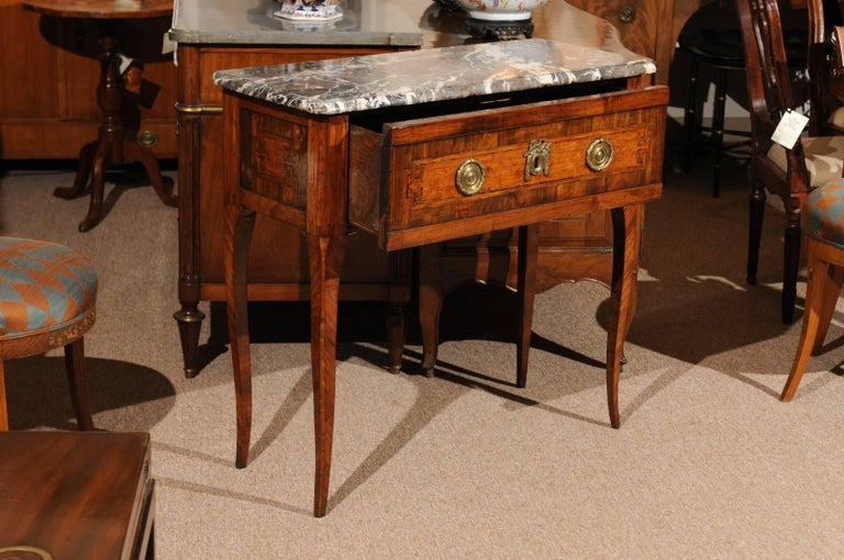 18th Century French Transitional Louis XV/XVI Commode en Console For Sale 3
