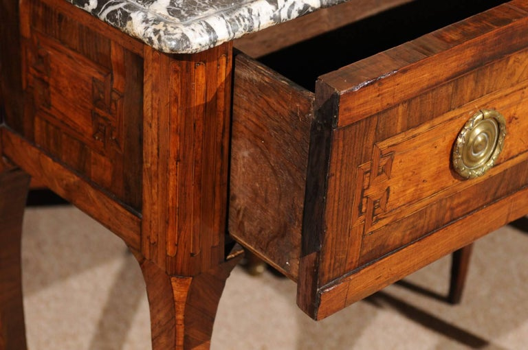 18th Century French Transitional Louis XV/XVI Commode en Console For Sale 4
